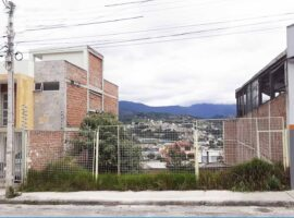 Terreno de Venta en Loja Av. Occidental